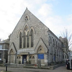 Central United Reformed Church was built 1870 for Congregationalists.
