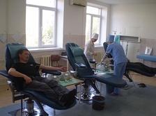 Сдача крови в Республиканском центре крови в Тирасполе, 2009 год.