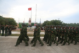 Vietnamese troops on Spratly Island