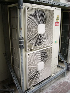 2008 Hitachi air conditioning outdoor unit