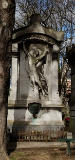 Reynaud's grave in Père Lachaise Cemetery, Paris, with sculpture by Henri Chapu