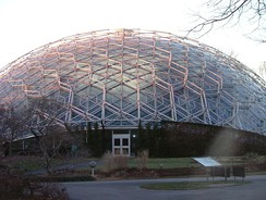 The Climatron greenhouse at Missouri Botanical Gardens, built in 1960 and designed by Thomas C. Howard of Synergetics, Inc., inspired the domes in the science fiction movie Silent Running
