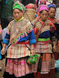 Hmong women in traditional dress in Sa Pa, northern Vietnam