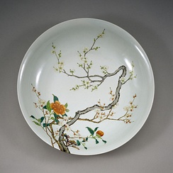 Chinese Imperial Dish with Flowering Prunus, Famille Rose overglaze enamel, between 1723 and 1735