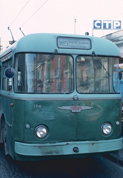 A 1962 Alfa Romeo Mille AF trolleybus for CTP Napoli, with the iconic Alfa Romeo badge in the centre