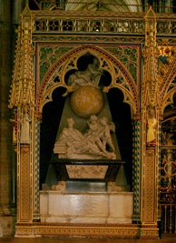 Newton's tomb monument in Westminster Abbey