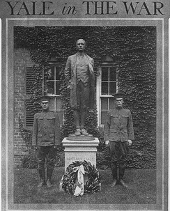 Nathan Hale statue flanked by Yale servicemen, Yale campus, New Haven, Connecticut, November 1917