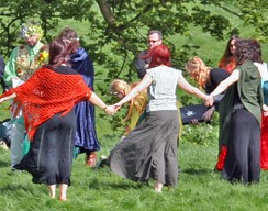 Handfasting ceremony at Avebury in England, Beltane 2005