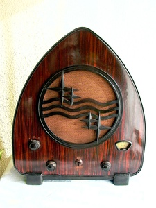 Philips Art Deco radio set (1931)