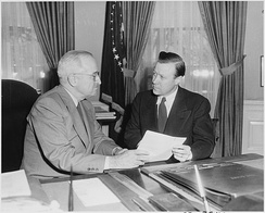 Walter Reuther (right) conferring with President Truman in the Oval Office (1952)