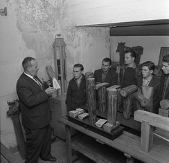 "Italian emigrants in Germany (called ""Gastarbeiter""), receiving instruction in 1962"