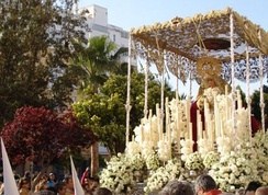 Procession with statue of the Blessed Virgin Mary of the Love of Saint Ferdinand (Maria santísima del amor de San Fernando), Cádiz.