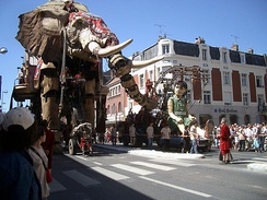 The Royal de luxe company during the 28th Fête dans la ville in 2005.