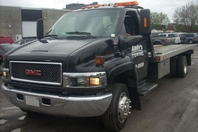GMC C5500 TopKick Towing (Sterling Ford).jpg