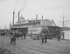 The Nettie Quill, pictured in Alabama in 1906, shows a typical early sternwheeler design.