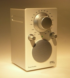 Henry Kloss design: Tivoli Audio PAL