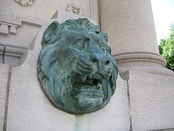 A lion's head on the Westland Gate