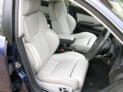 RS6 interior, showing leather-clad Recaro seats