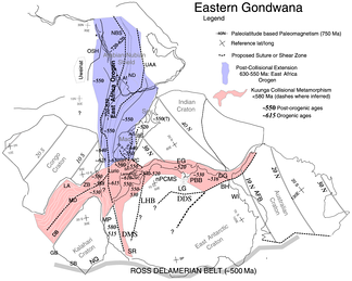 Eastern Gondwana.  620 to 550 Ma post-collisional extension of the East African Orogeny in blue and 570 to 530 Ma collisional metamorphism of the Kuunga orogeny in red.[7]