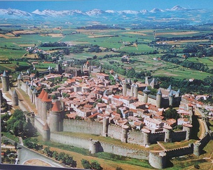Carcassonne – Viollet-le-Duc restored the citadel from 1853.
