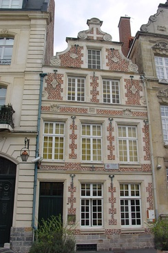 "The ""gunners' house"" in Cambrai is an example of 17th-century Flemish architecture"