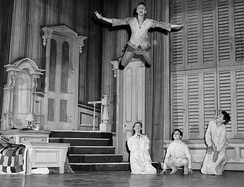 Peter Pan (Mary Martin) shows the Darling children he can fly; Kathy Nolan plays Wendy (1954)