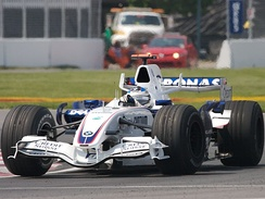 Nick Heidfeld took BMW Sauber's best result of 2007 with second place at the Canadian Grand Prix.