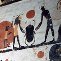 Изображение Скарабея на стене гробницы в Долине царей