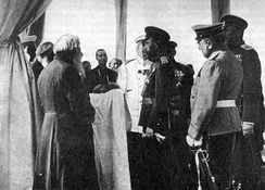 Nicholas II accepts offering of bread and salt from Old Believer in Yaroslavl