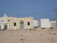 Morocco built several empty towns in Western Sahara, ready for refugees returning from Tindouf[94]
