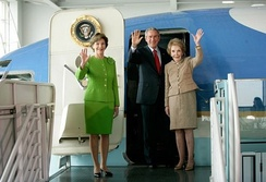 In 2005, President George W. Bush, First Lady Laura Bush, and former First Lady Nancy Reagan toured SAM 27000, the aircraft that served seven presidents from 1972 to 2001; it is now housed at the Ronald Reagan Presidential Library.