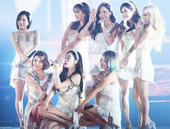 "Girls' Generation performing ""Lion Heart"" on KBS Gayo Daechukje in December 2015"
