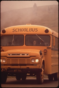 1958–1960 Ford-chassis school bus in California