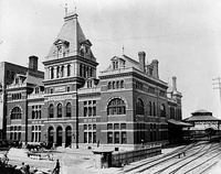 The original depot before 1886 (top) and in 1890 (bottom)