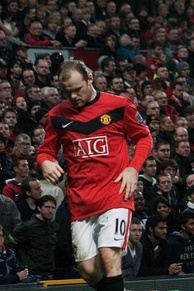 Rooney in a November 2009 Premier League match against Everton