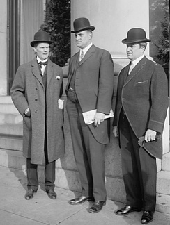 Pennsylvania Governor Tener (center) with Governors Dix and Sulzer of New York[6] in 1912.
