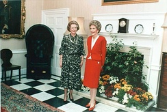 Prime Minister Margaret Thatcher with US First Lady Nancy Reagan in 1986 standing in the entrance hall.