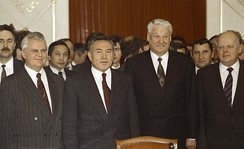 Nazarbayev (second from left) at the signing of the Alma-Ata Protocol, December 1991.
