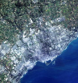 A simulated-colour image of Toronto taken by the NASA Landsat 7 satellite in 2004.