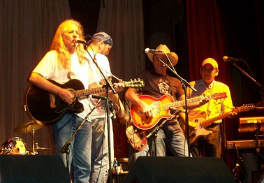 Bob Childers performing Red dirt in Okemah, Oklahoma (2001)