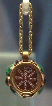 Chi-rho pendant of Empress Maria, daughter of Stilicho and wife of Honorius.