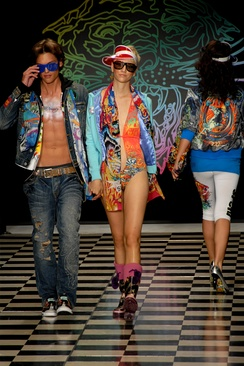 Male and female fashion models on the runway, Los Angeles Fashion Week, 2008