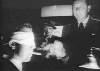 The film's opening scene: Marlow, Det. Nulty, and Lt. Randall