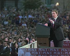 Blair addresses Armagh in 1998