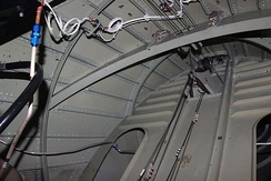 Semi-monocoque structure inside an aircraft's rear fuselage