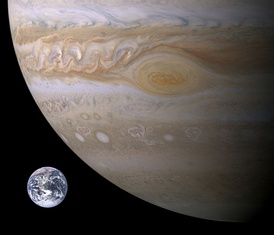 Approximate size comparison of Earth superimposed on this Dec 29, 2000 image showing the Great Red Spot