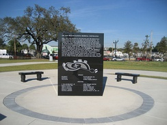 Central Monument on the Hurricane Katrina Memorial Cemetery (photo courtesy of Infrogmation)