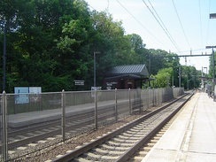 Montclair Heights Station facing northward towards Montclair State University station