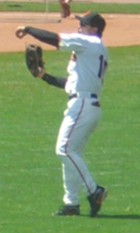 Roberts playing for the San Francisco Giants