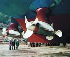 Винто-рулевые колонки Azipod (другое судно)